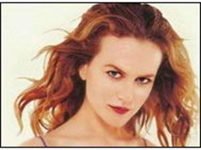 Nicole Kidman ayakta duramadı